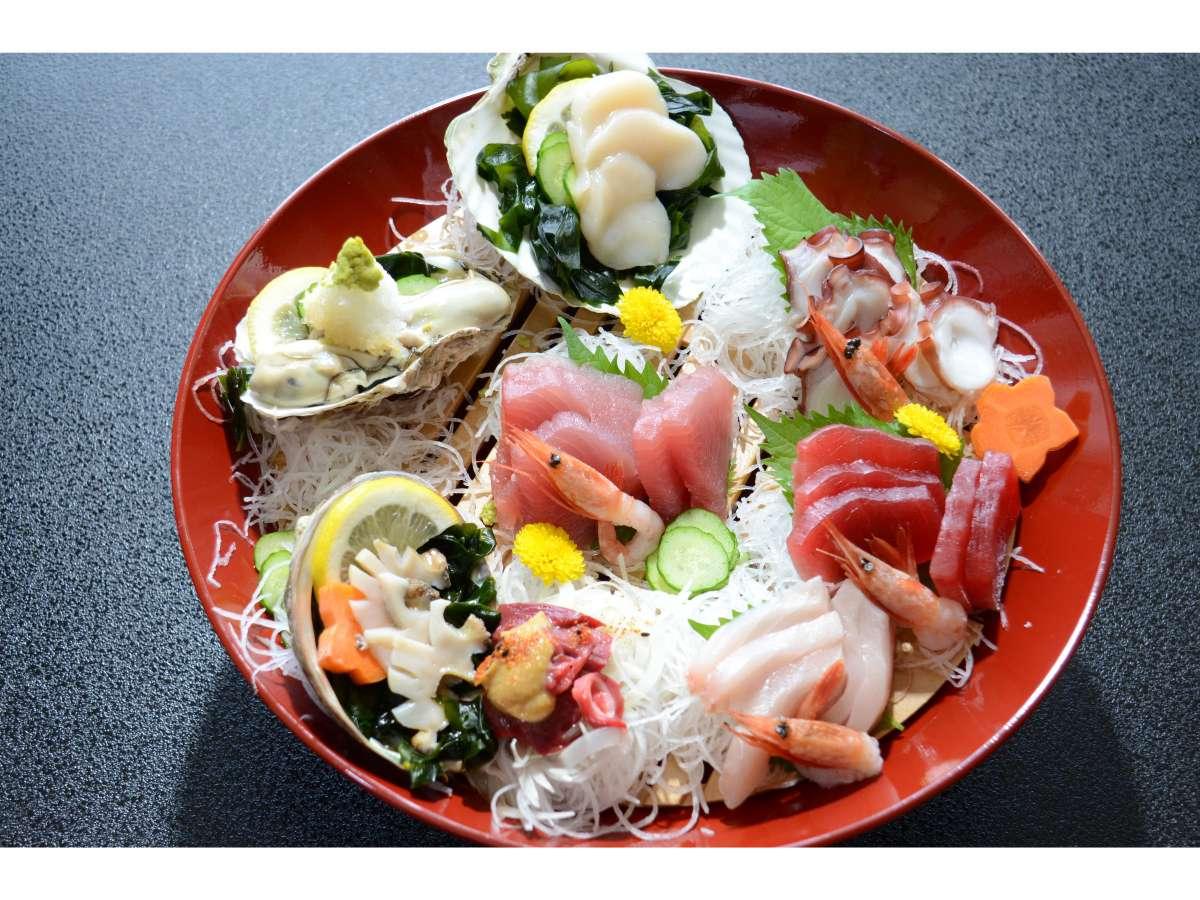 気仙沼の旬な魚介類を召し上がれ!!大杯盛り!!