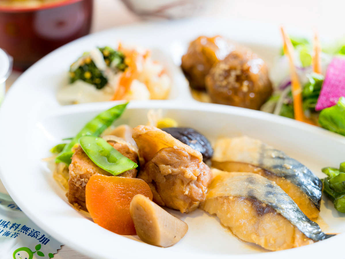 和食派・ご飯に合うおかずを日替わりでご用意♪
