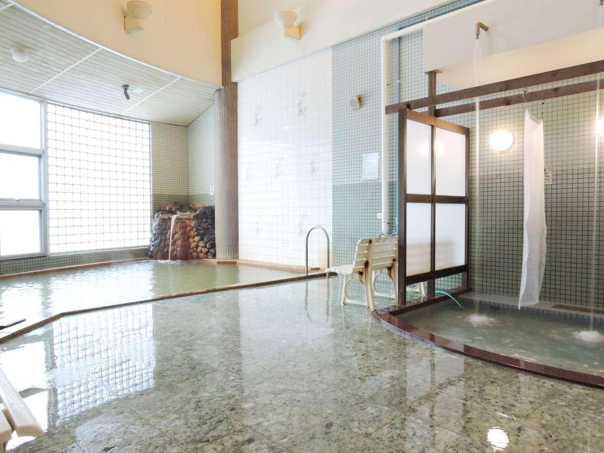 *男性用大浴場一例/うたせ湯やジェットバスなど種類豊富な温泉を満喫!身体の芯からぽかぽかに♪