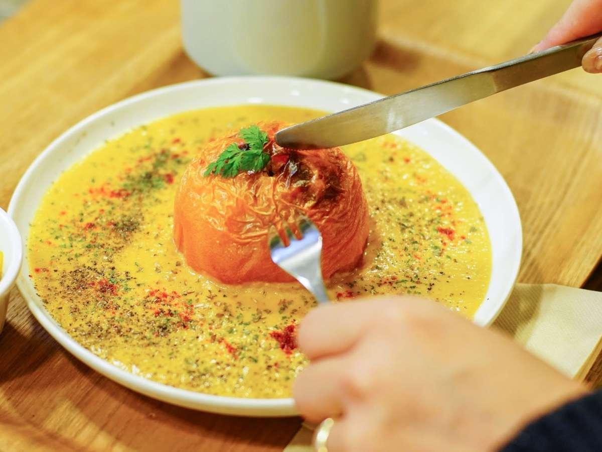 【つばめ喫茶室】NAGI のお食事提携店。地域の食材をふんだんに使った100%ビーガン食のお店。