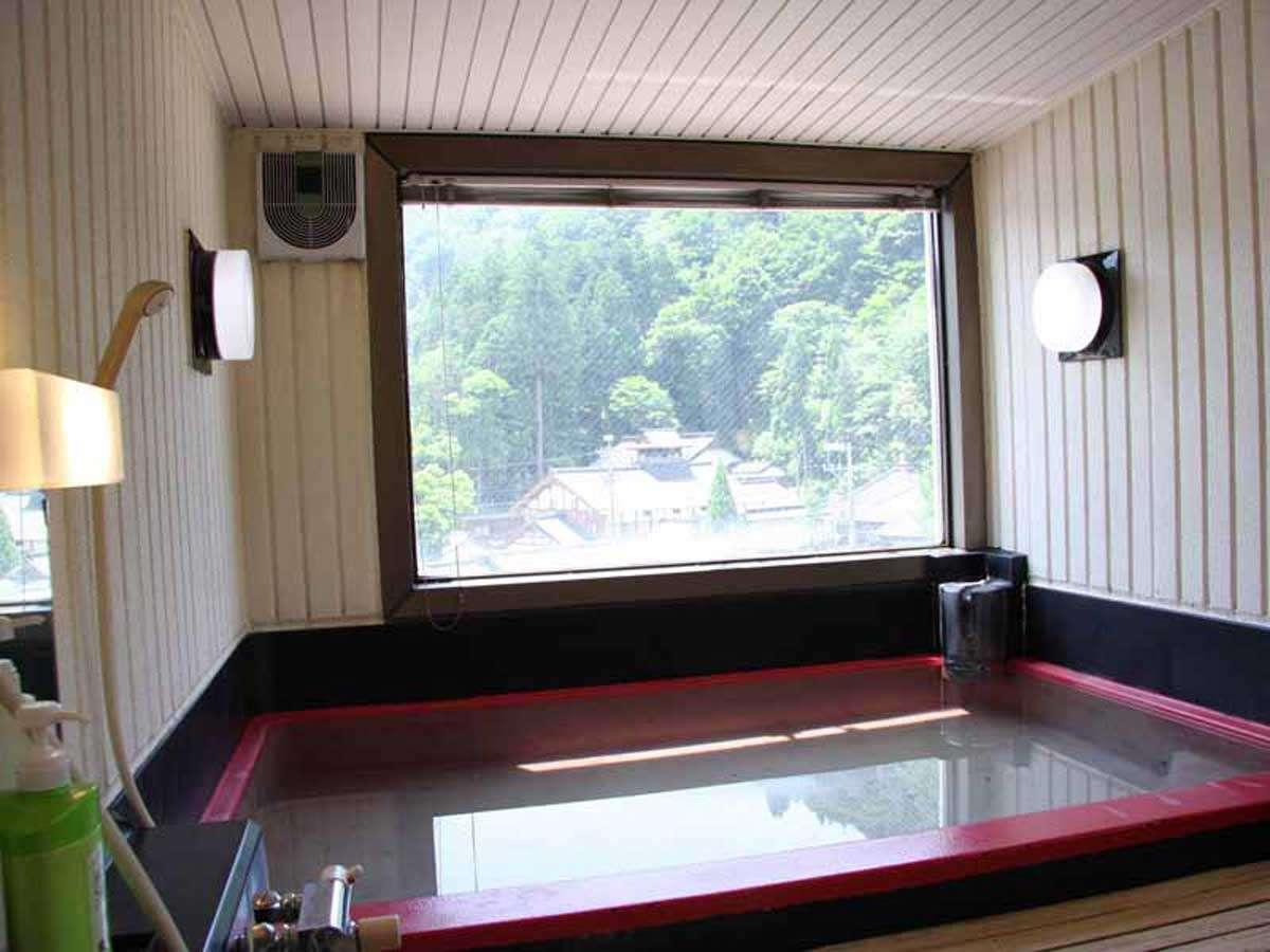 白峰温泉★展望風呂♪切り取られた絵画のような心地よい風景♪24時間何度でも白峰温泉を楽しめます!