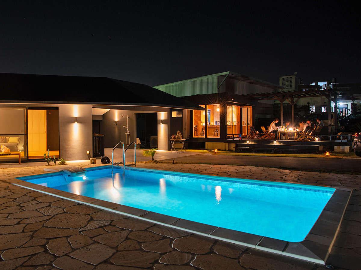 ・お庭にはプライベートプールもございます