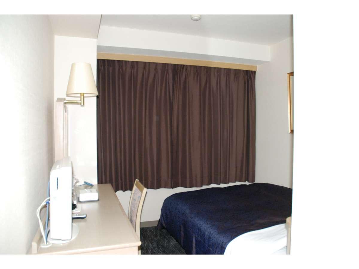 【デラックスシングル】寝返り打っても手が出ない、ゆとりのベッド幅140cm