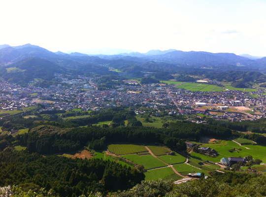 嬉野温泉の街並みを一望できる立岩展望台からの眺め