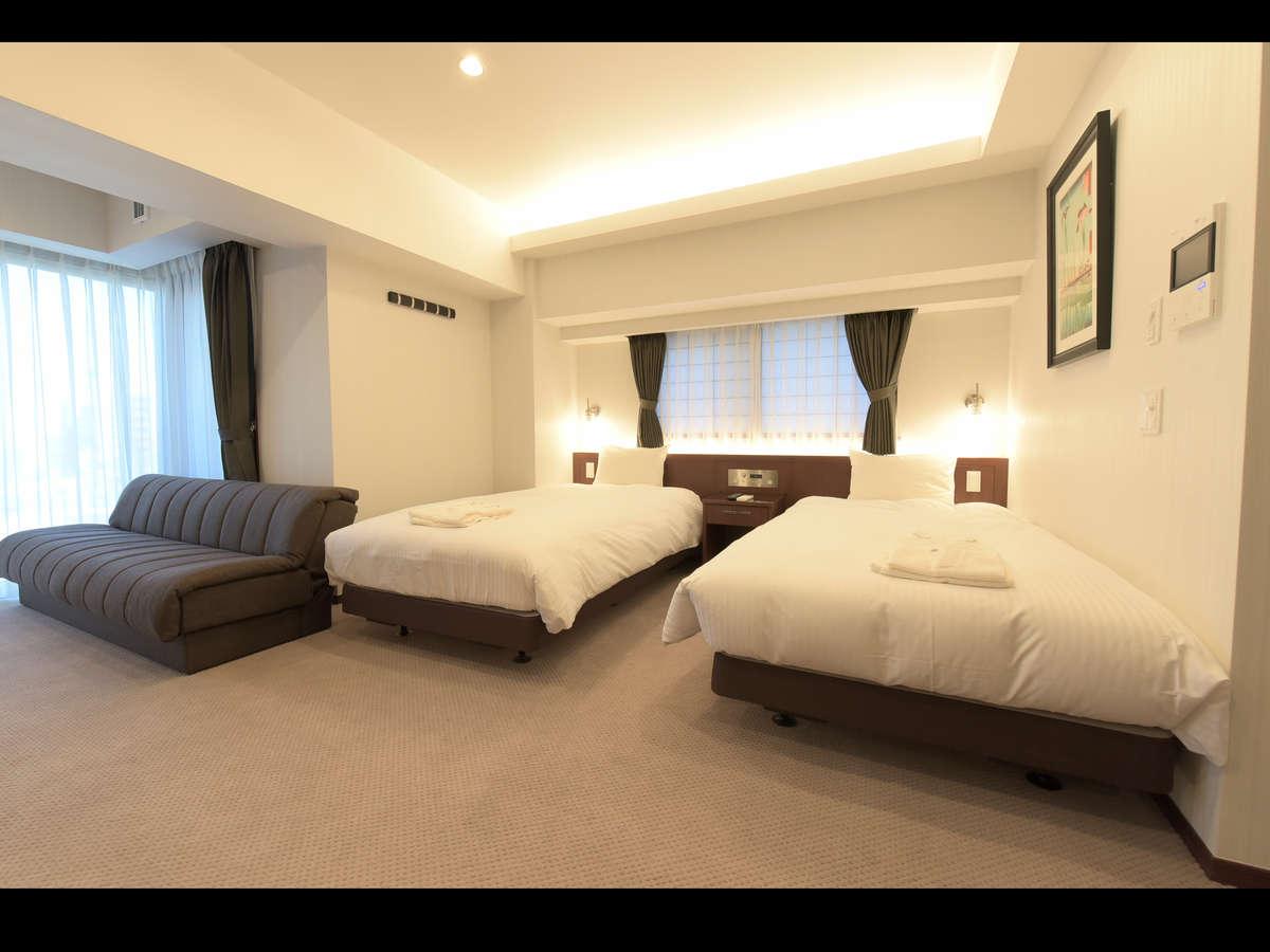 全室にシモンズ製のベッドをご用意しております。