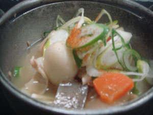 一番人気の「ざくざく鍋」-味噌仕立て。トップに辛み。懐かしい味です。-参考