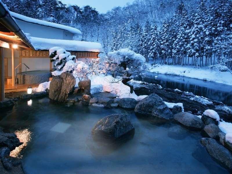 大浴場「喜久の湯」 庭園露天風呂(冬)