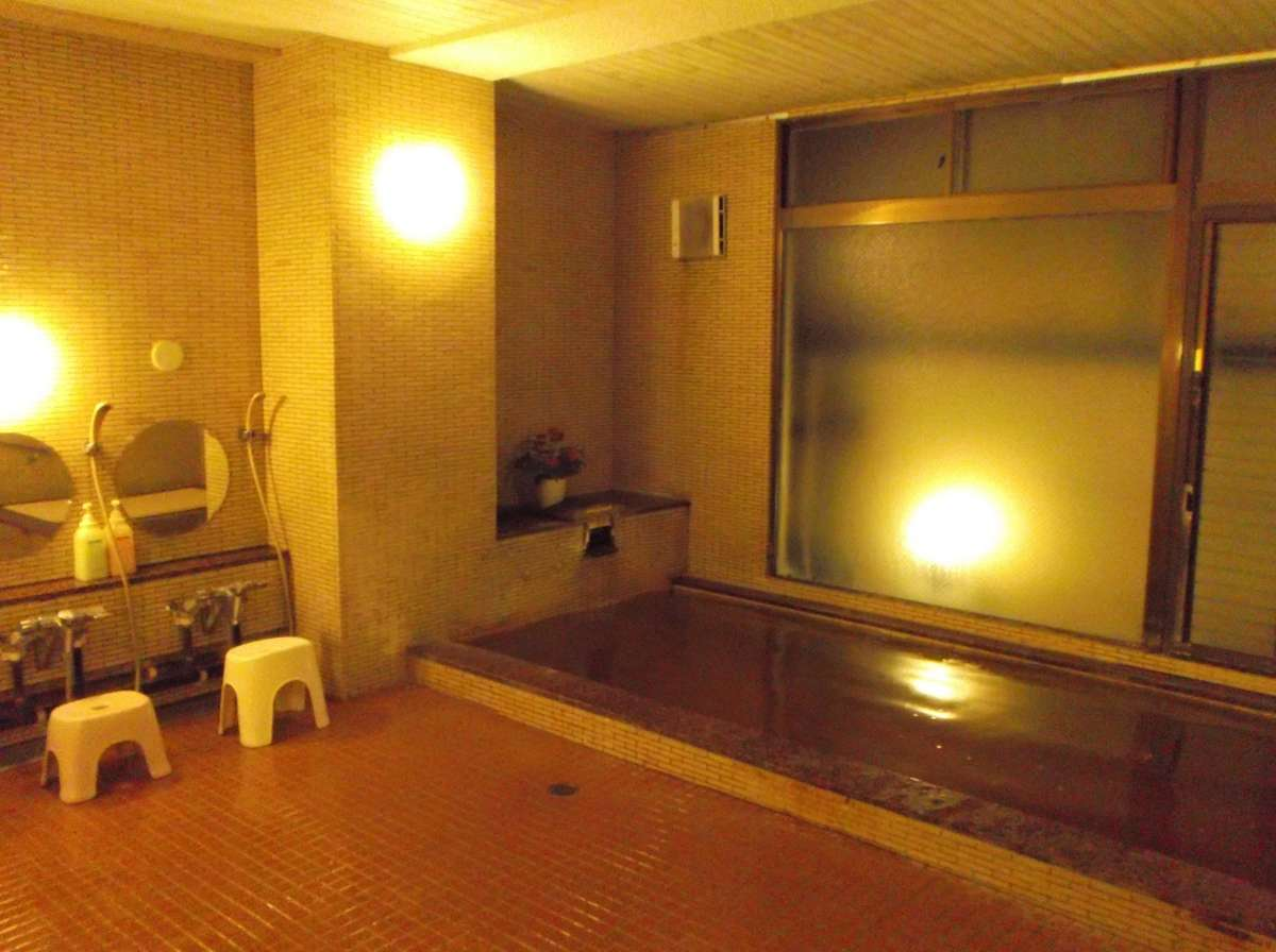 大浴場 琥珀色の天然温泉