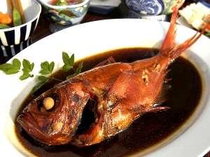 大平荘自慢の金目鯛姿煮。こってり濃厚な味わい