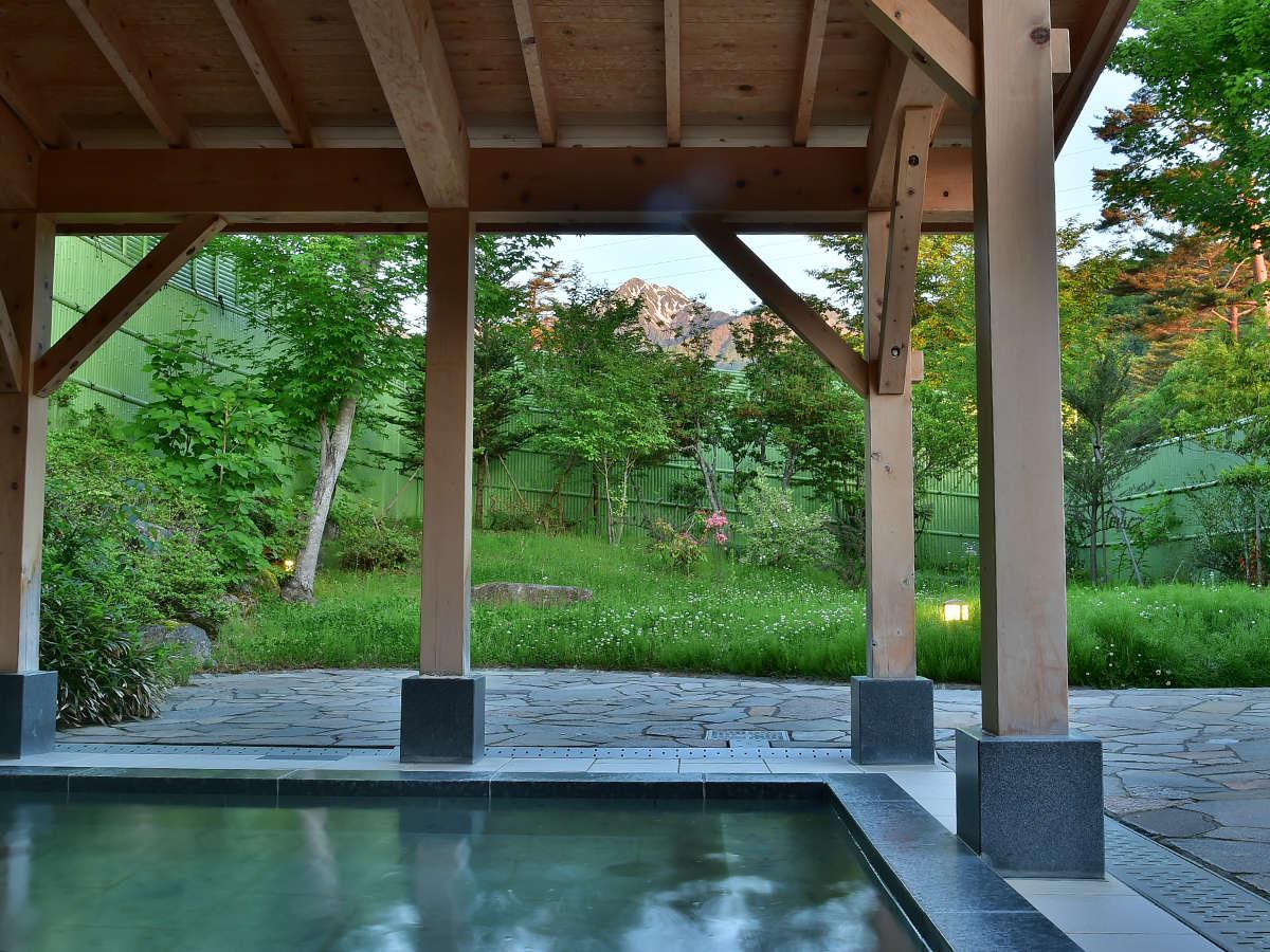 常念岳一望のお風呂をお楽しみください。