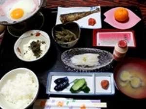 ・新鮮なイカのお刺身は朝食で!・栄養バランスも良く、ボリューム有り!