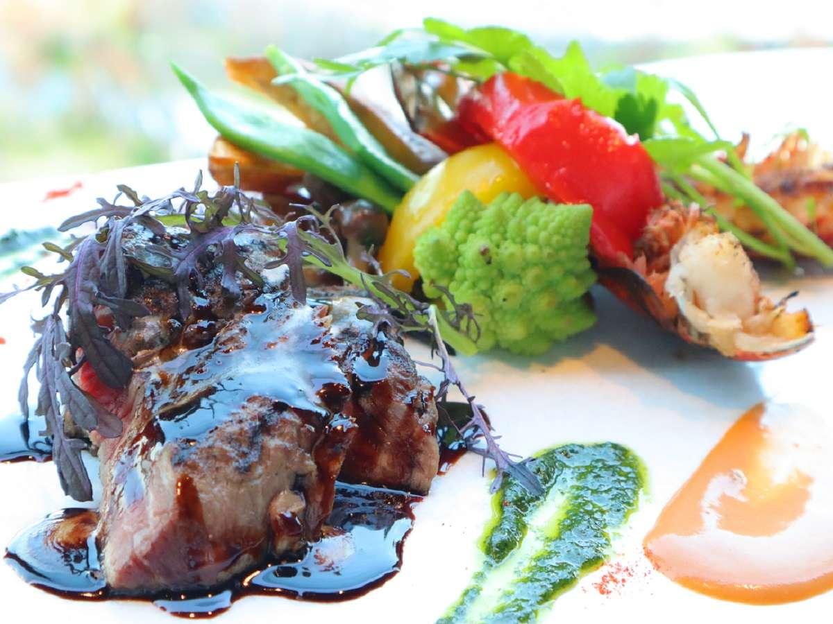 カフェレストラン クオーレでは、洋食のお料理をご準備してお待ちしております。