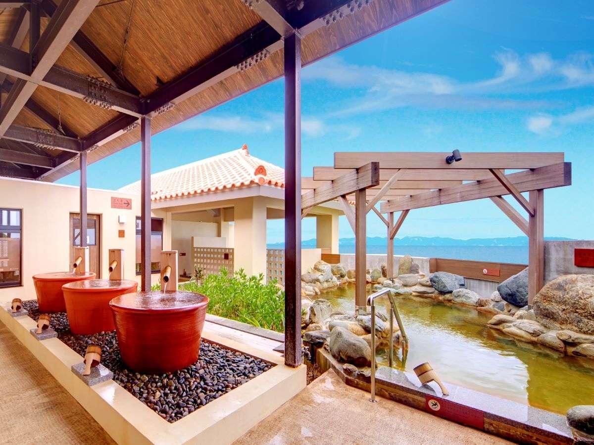 東シナ海を一望できる龍神の湯 大人気の露天風呂≪龍神の湯≫壺湯、立湯、サウナと種類も豊富♪