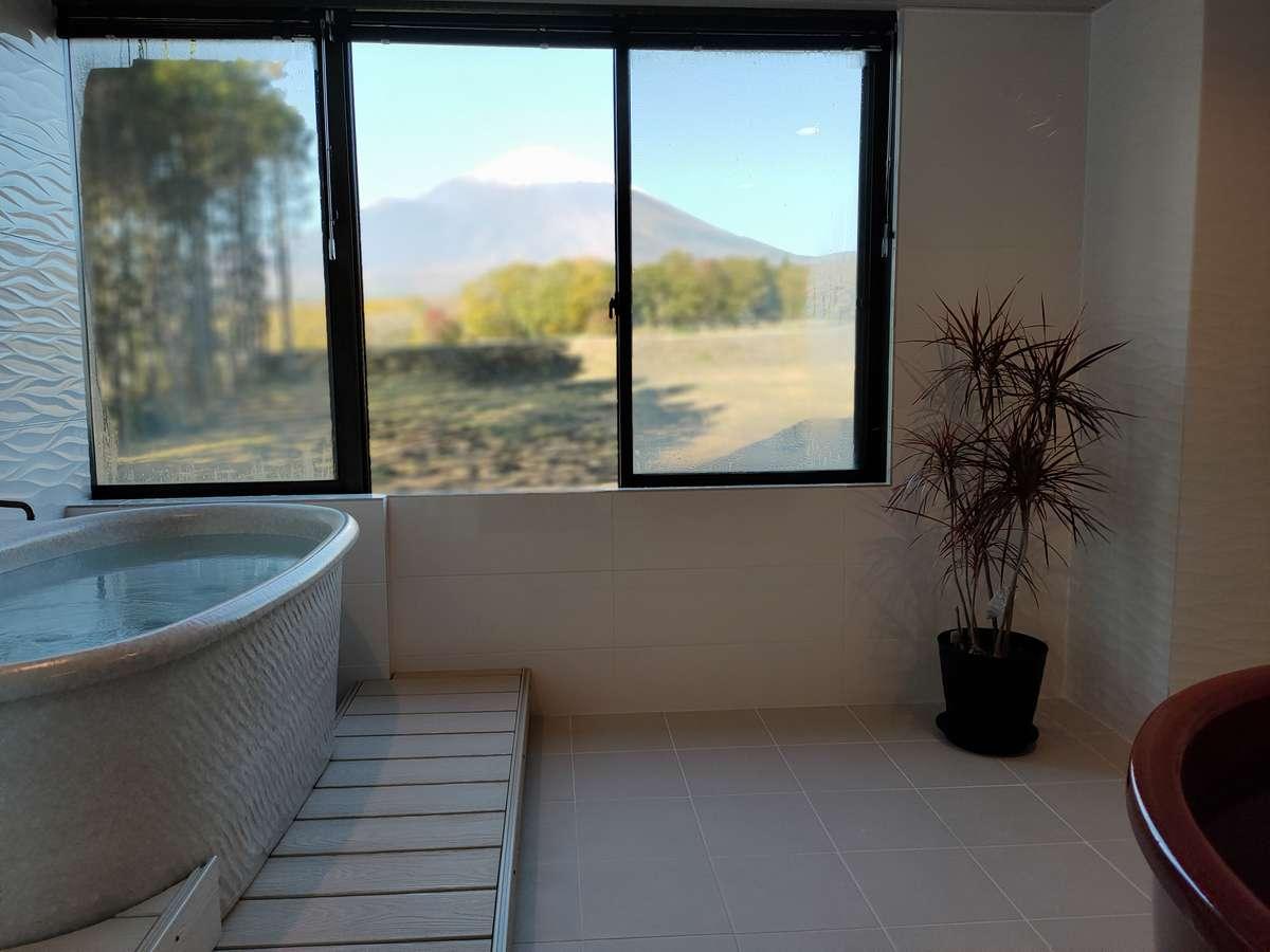 富士山が間近に見える貸切風呂