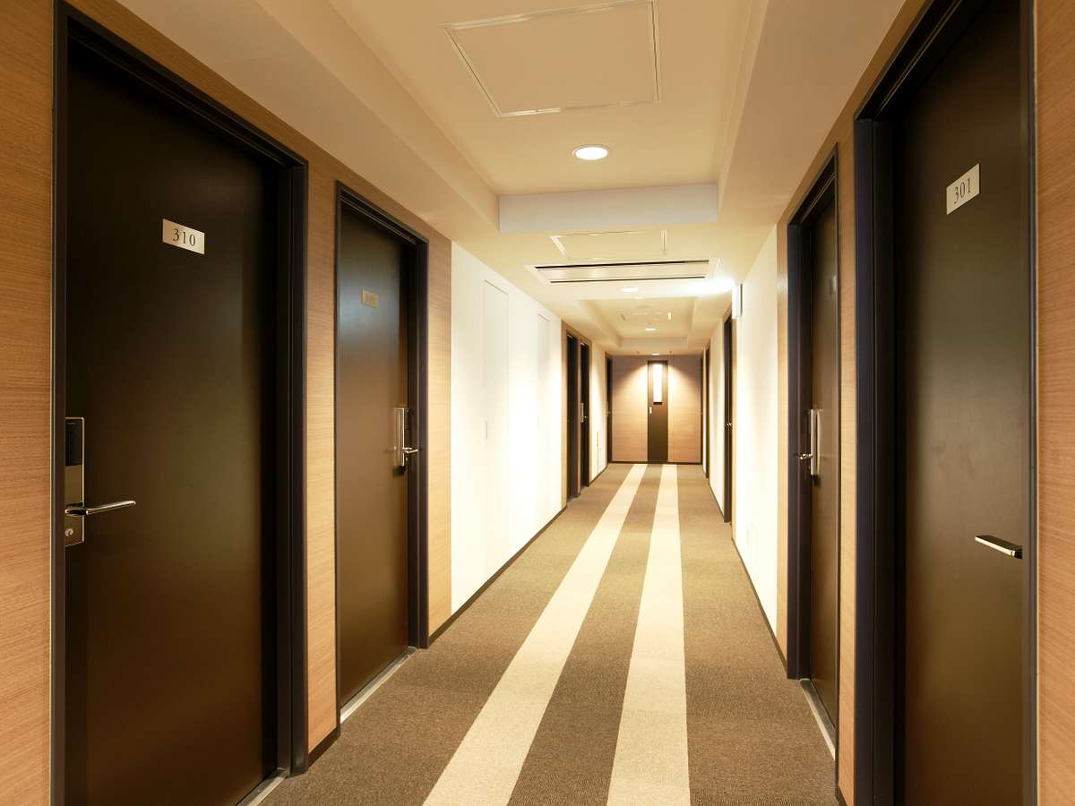 客室階通路