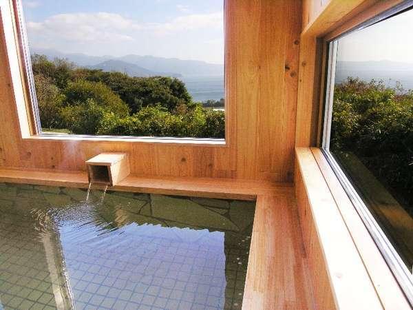 檜作りの展望家族風呂(内湯)