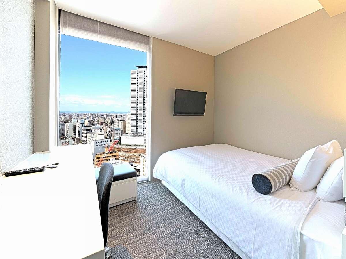 モデレートダブル 16㎡ ダブルベッド(幅140㎝)×1台 6階~19階