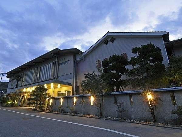 萩・秋吉台・青海島などにアクセス抜群! 名湯「湯免温泉」