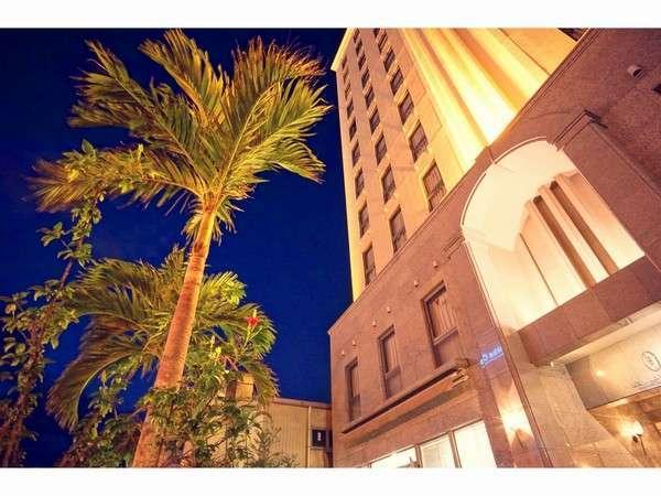 ホテル正面外観画像
