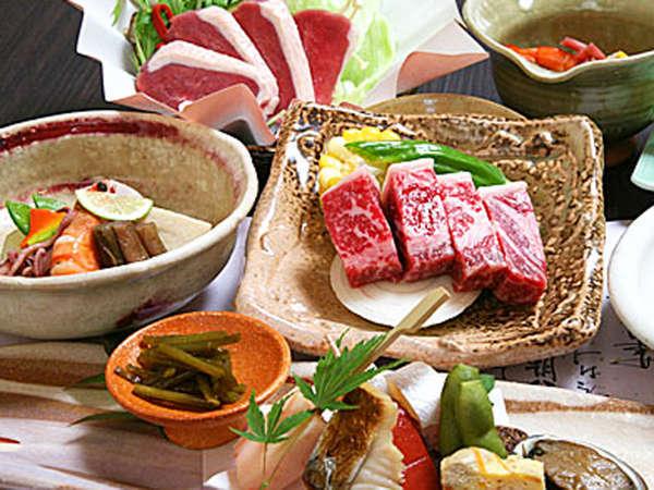 【夕食】季節の懐石料理