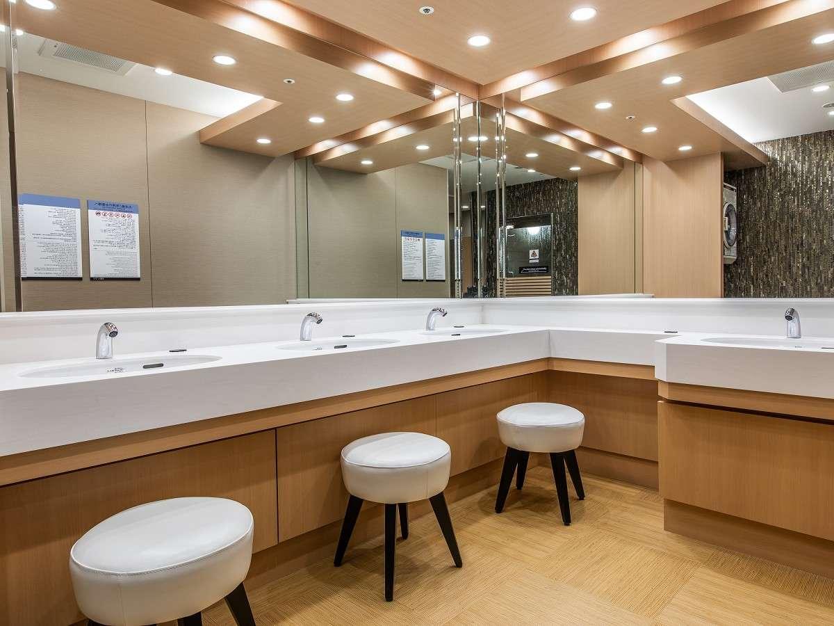 大浴場 洗面台