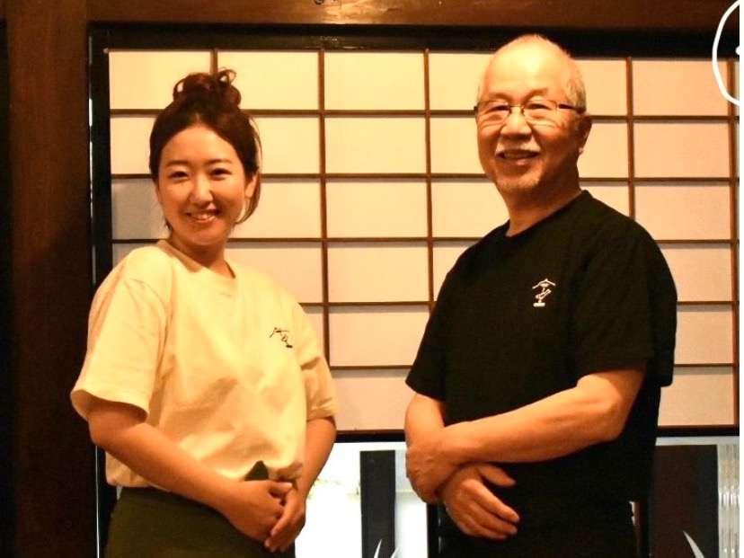 スタッフの森本(右)と松本(左)です!