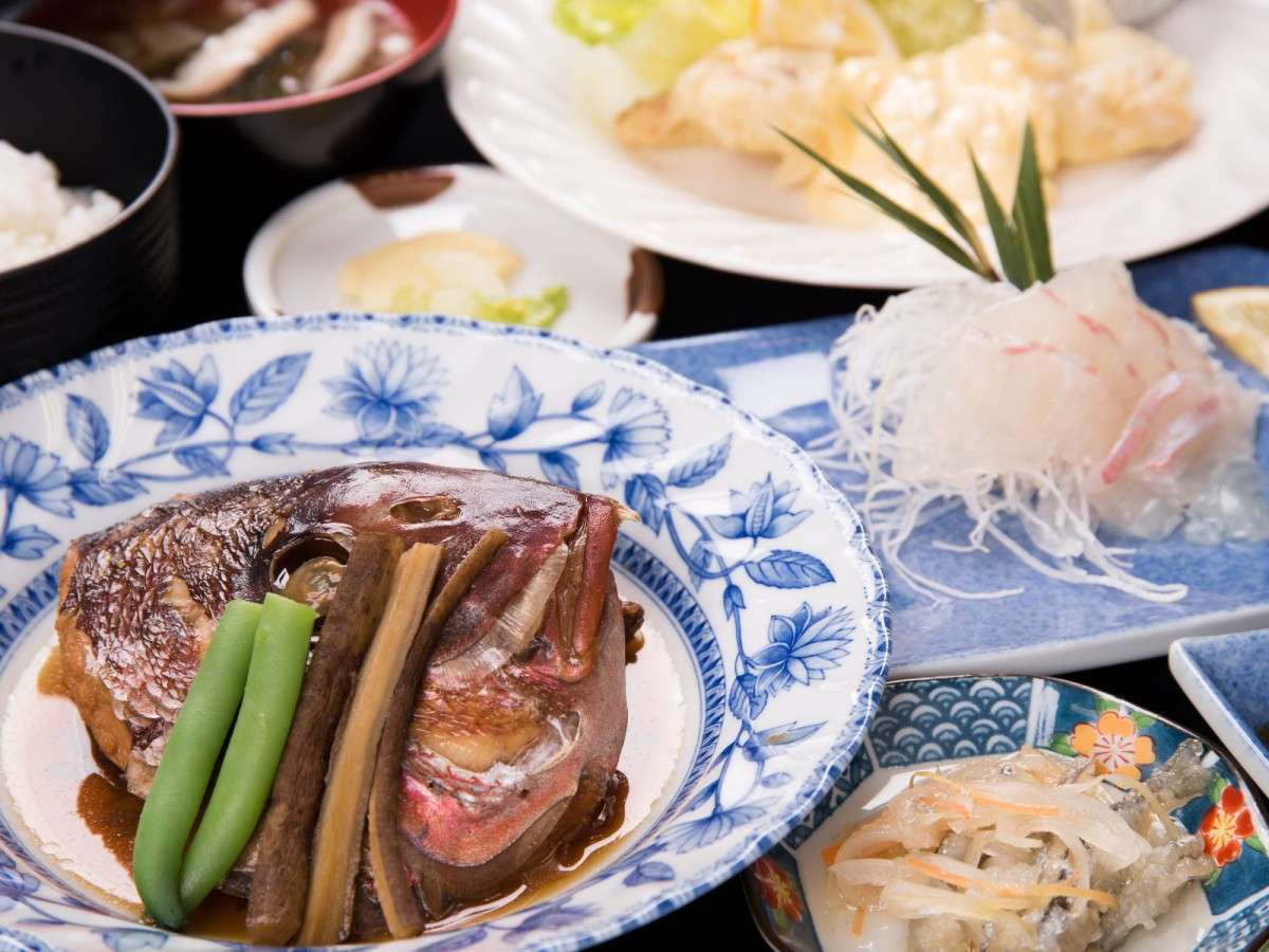 *【グレードアップ夕食】通常の日替わり夕食に、もう一品メインがついた7品程度の日替わり夕食♪)】