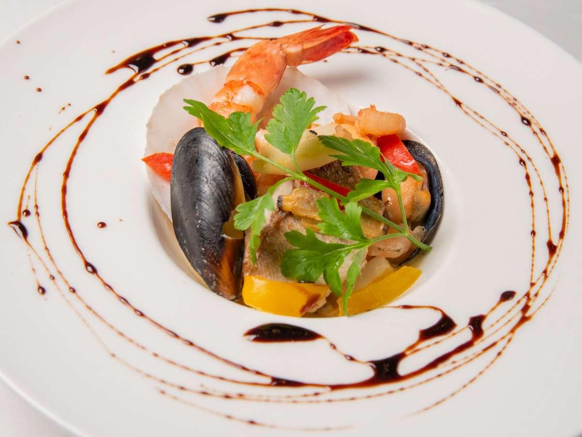 小鯛と海老のスープ仕立て