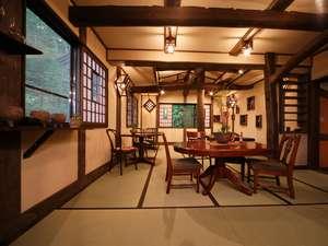 全館完全禁煙、ご宿泊は7歳以上のみ、和のしつらえ、天然温泉の貸切風呂…旨い料理とお酒を楽しむ為のお宿