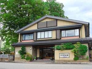 大通り沿いにございます★橋本屋外観です♪※駐車場は当館の裏側にございます。