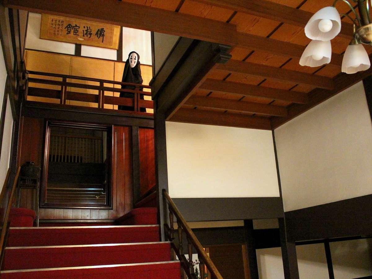ロビー階段