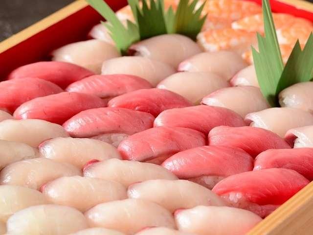 瀬戸内旬魚 握り寿司(スマ・鯛・カンパチ・縞鯵・海老)