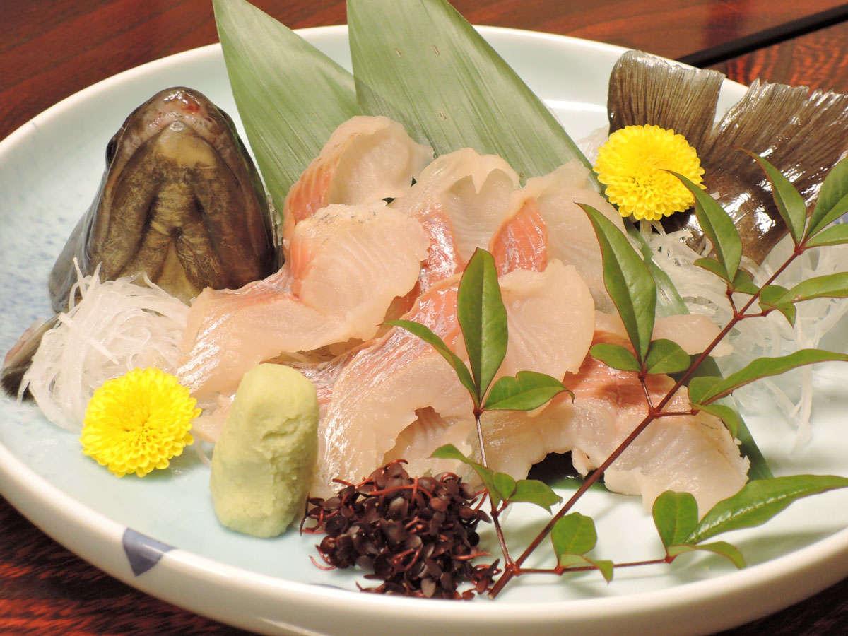 *【夕食一例】川魚のお刺身