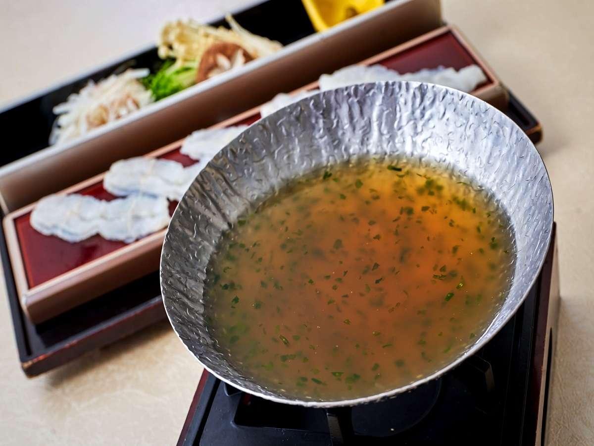 19階なにわ食彩「しずく」地元・大阪の食材を使った出汁と海鮮を楽しんでいただける季節の小鍋