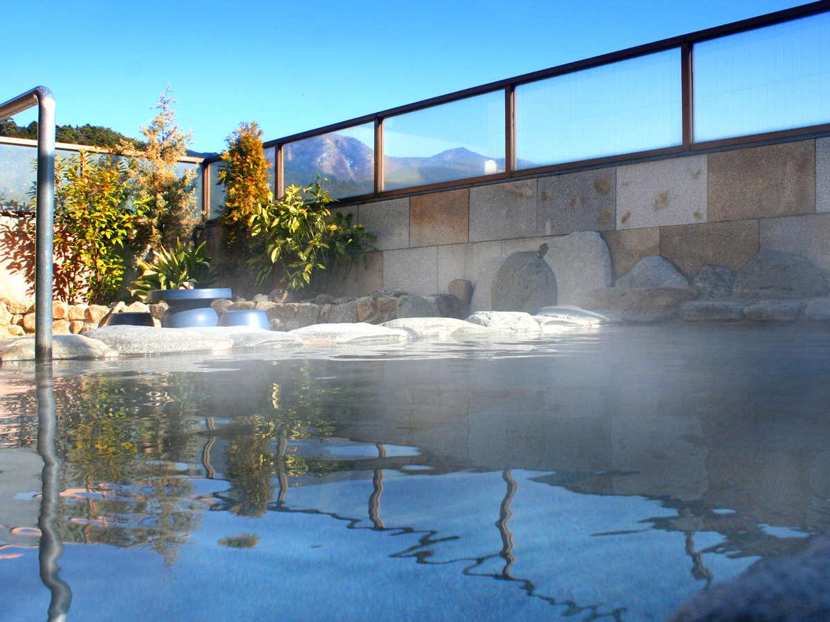 夜は満天の星を眺めながら下呂温泉をご堪能下さい展望露天風呂(写真は女性湯)