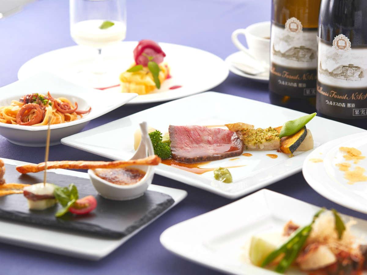 【夕食】創作フレンチコース。栃木県産和牛のローストビーフと季節の魚料理をお楽しみください