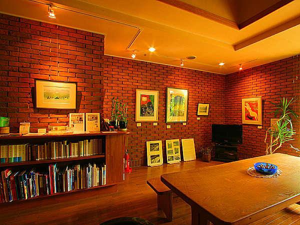 山の画家「山川勇一郎」の絵を常設展示しているミニギャラリー