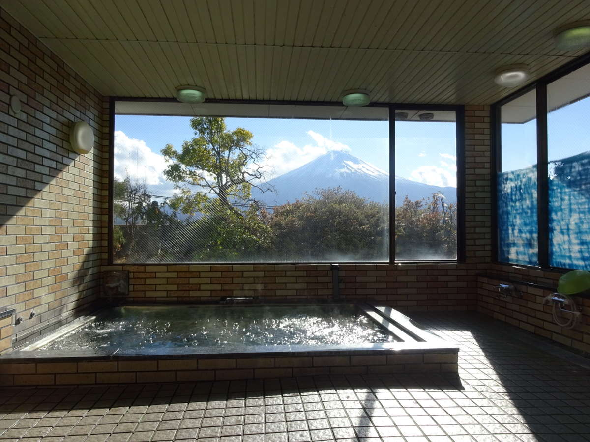 浴室からの富士山