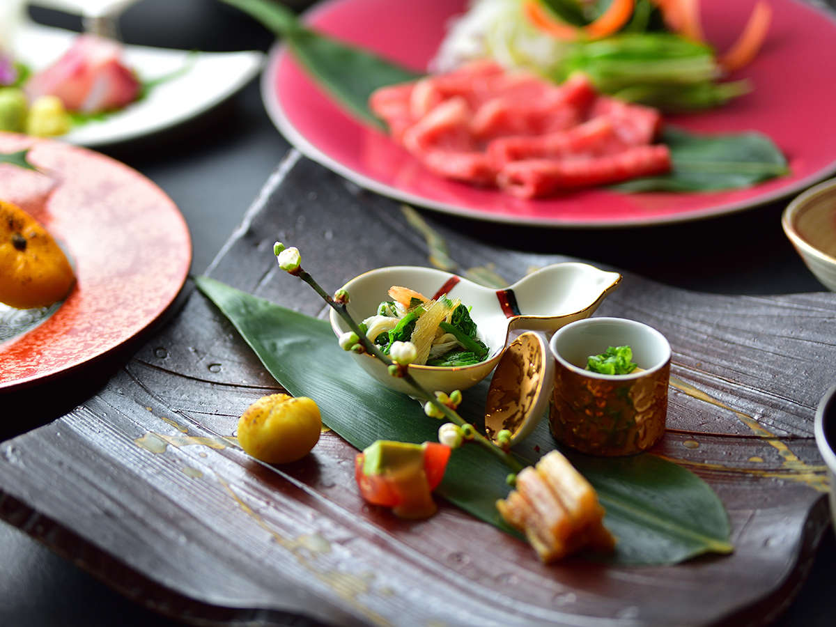 日本料理の神髄を極めた【会席料理】