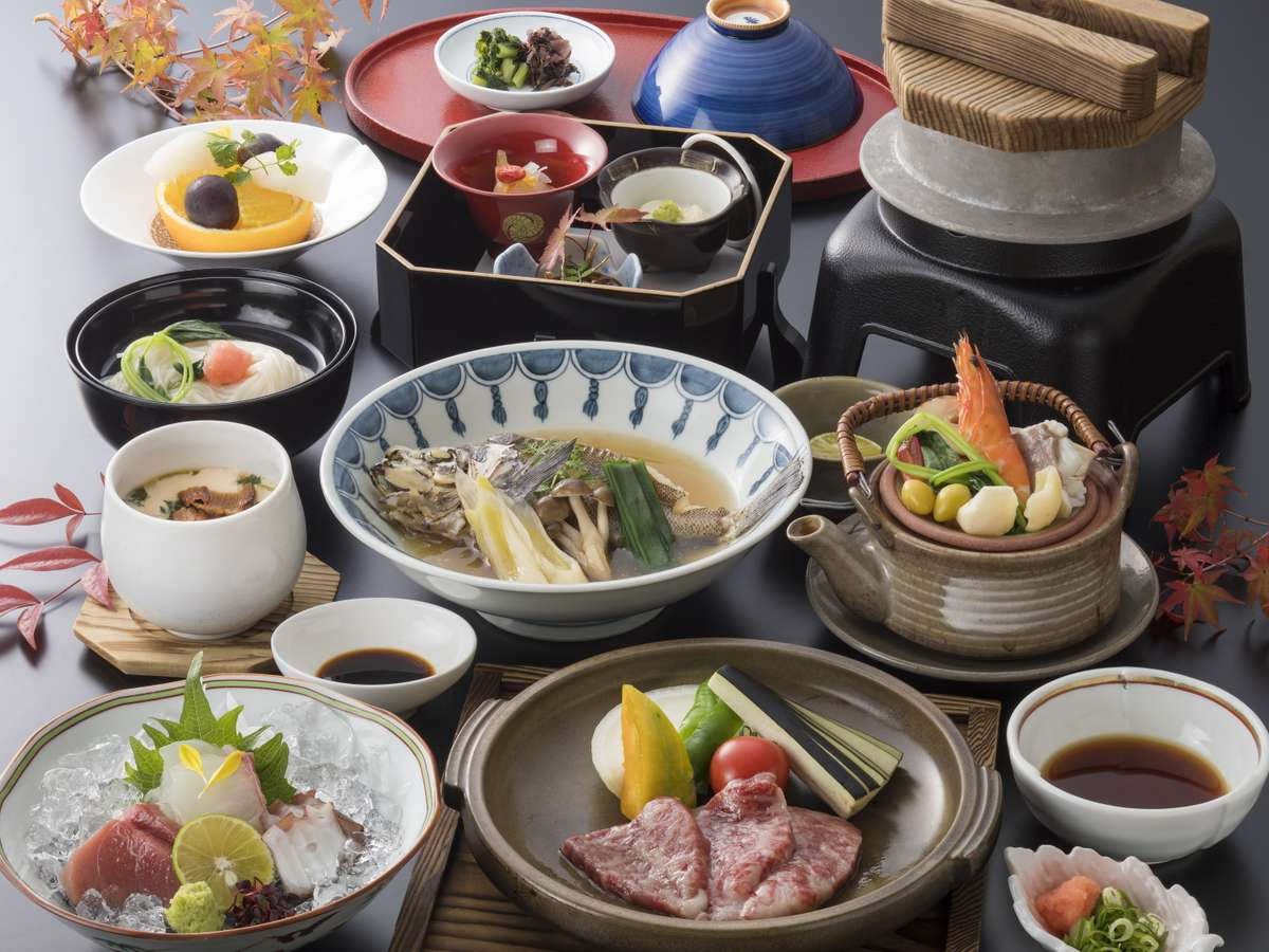 <贅沢旬会席>夕食クチコミ点数★4.4 日本料理店『はりま』にて 「旬の味覚」にこだわった贅沢会席