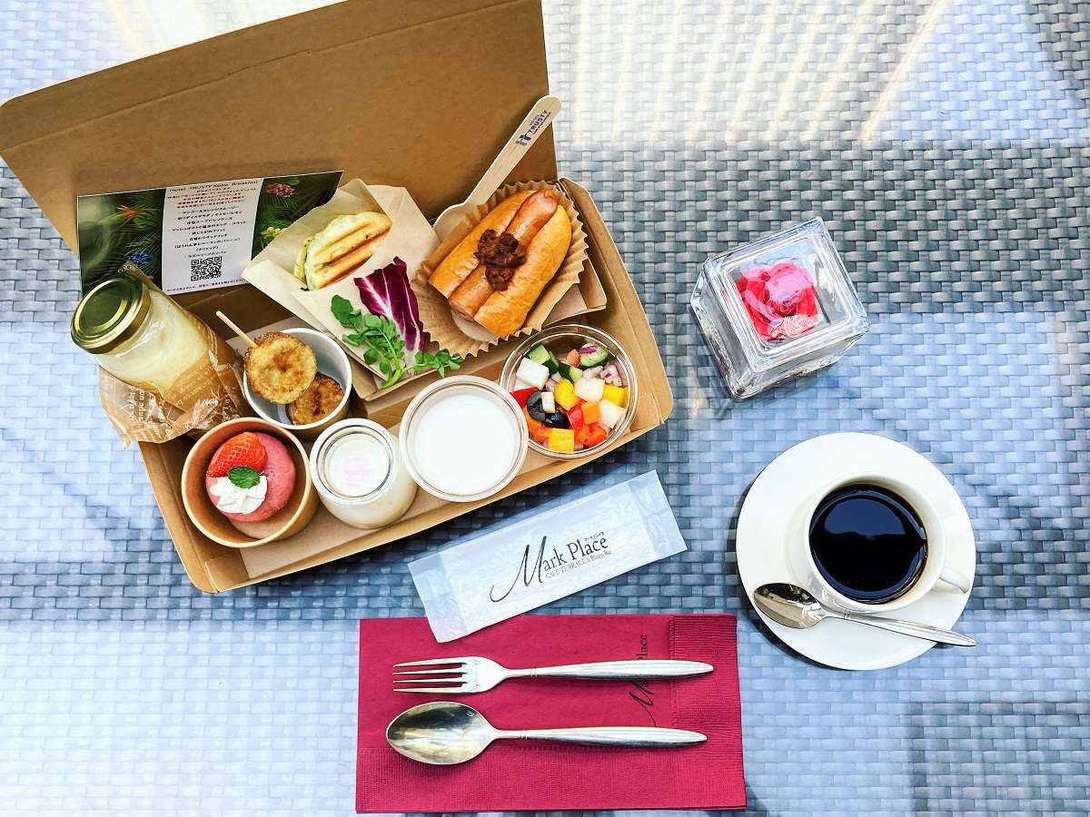 NYデリスタイル朝食メニュー例(天気の良い日はテラスにてお召し上がりください)