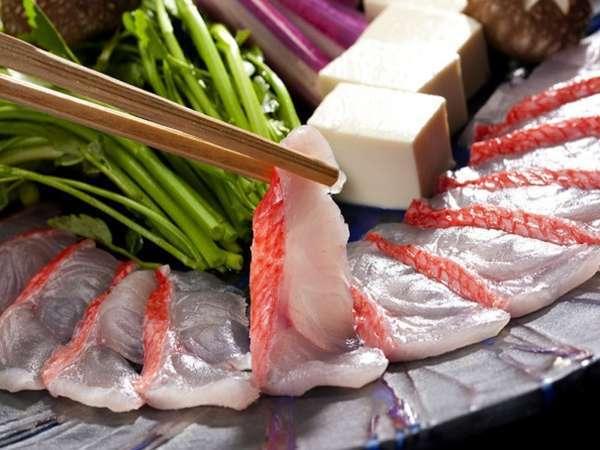 オススメの金目鯛のしゃぶしゃぶ。別注文で提供しています。