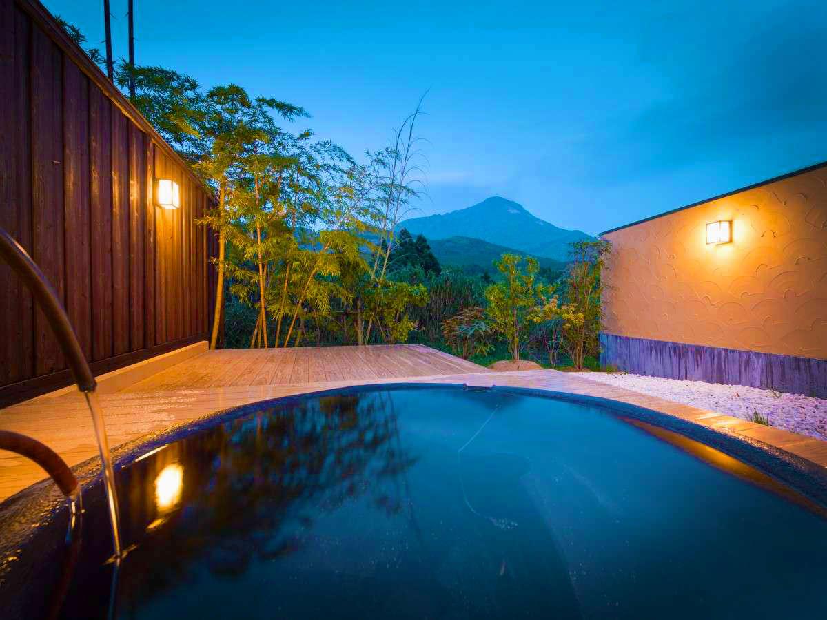 Ikkoten\' separate villa with private outdoor baths - Ryokans Rooms ...
