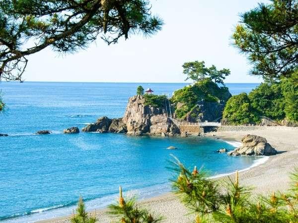 【桂浜】ホテルから車約40分にある桂浜☆坂本龍馬像にも会える月見の名所です。※写真はイメージです。