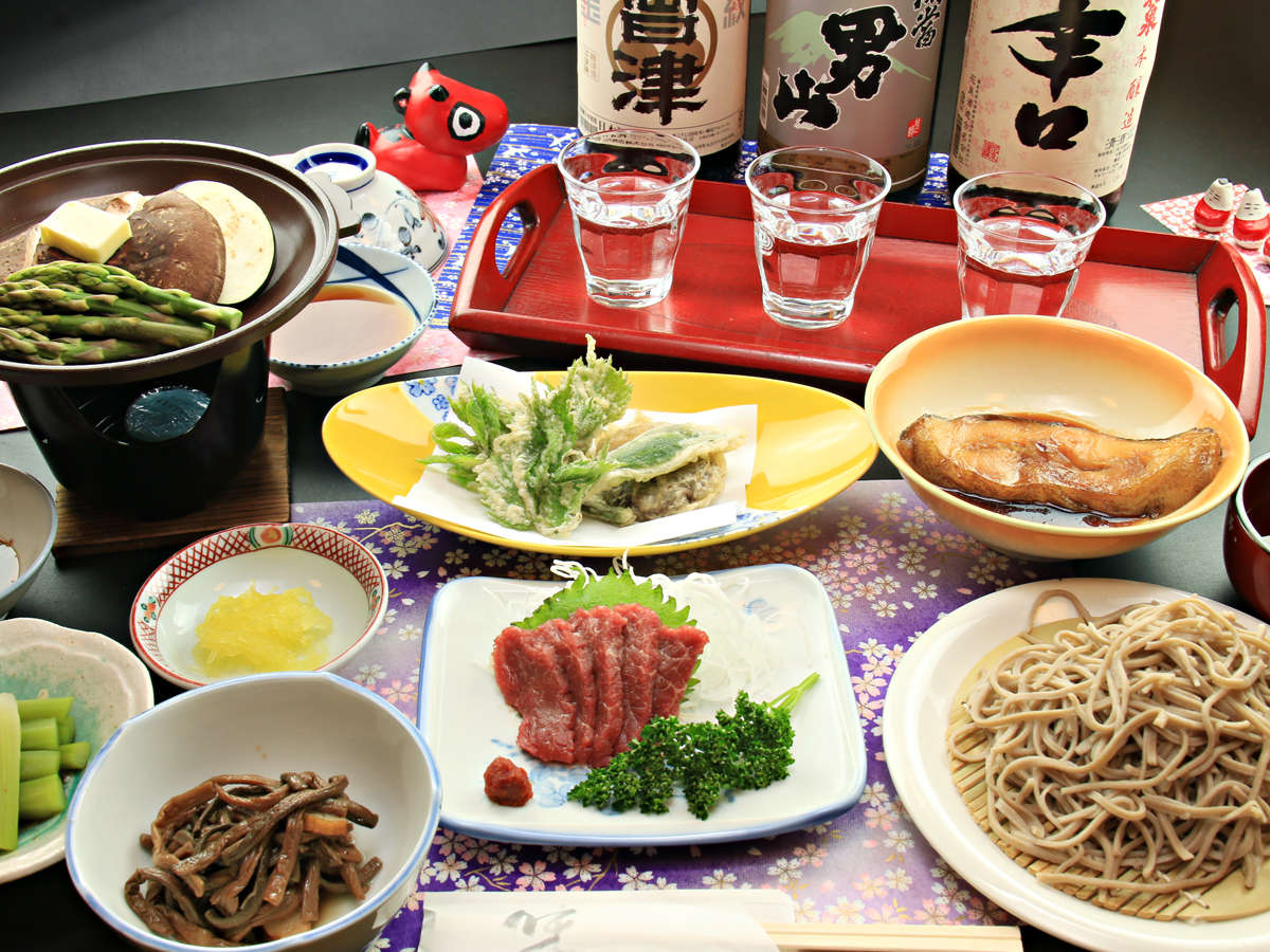 ■【お食事】南会津の地酒と女将の打つ手打ち蕎麦をお楽しみください