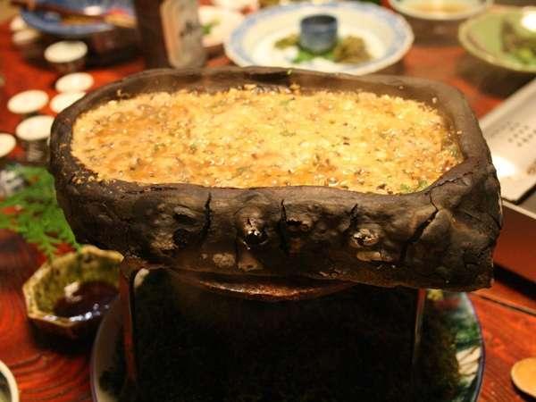 「石焼味噌」は、秋神温泉の名物料理!ご飯がすすみますよ(一例)