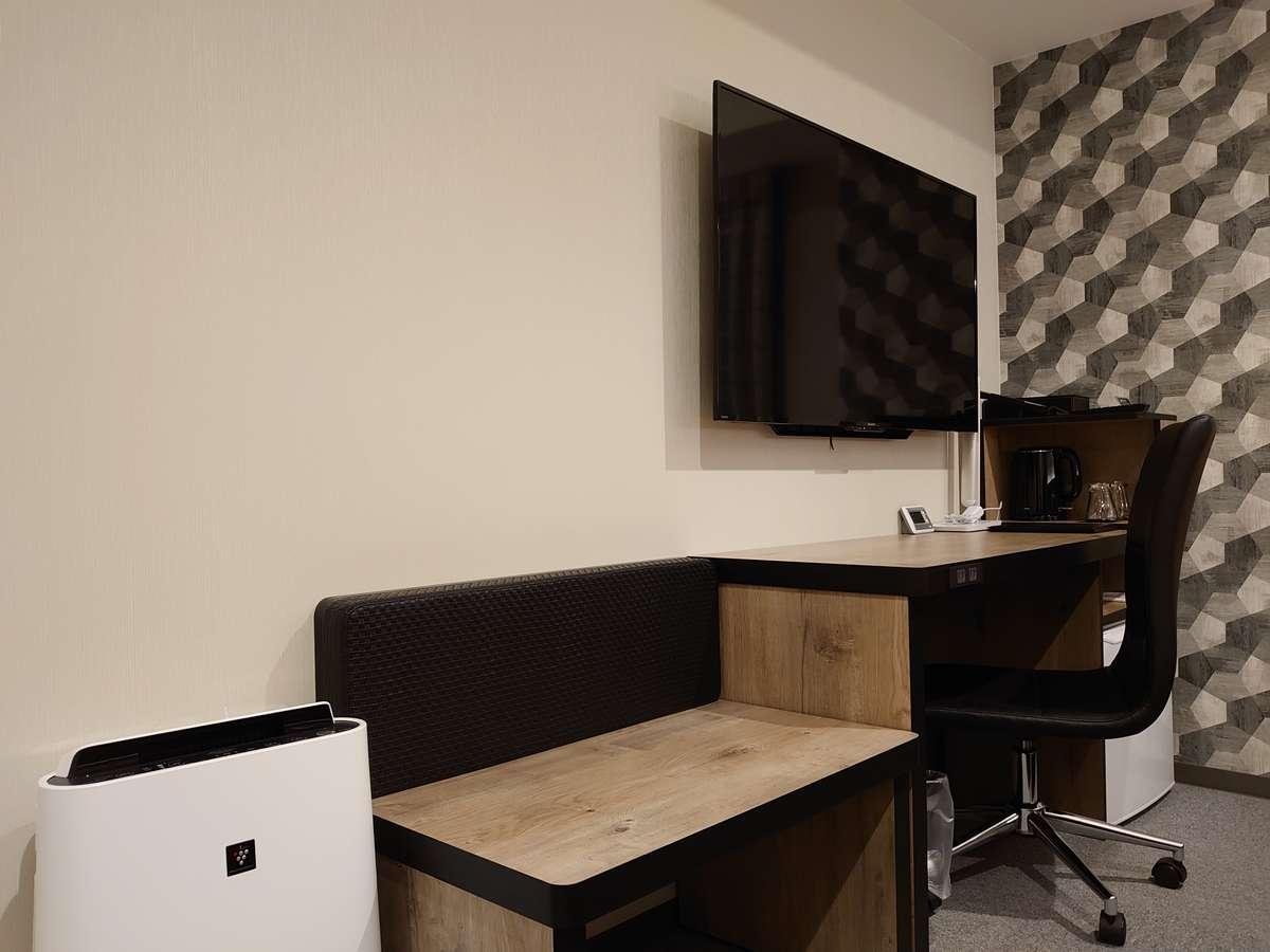 ツインA(7F~10F)TV、デスク、ベンチ、加湿空気清浄機