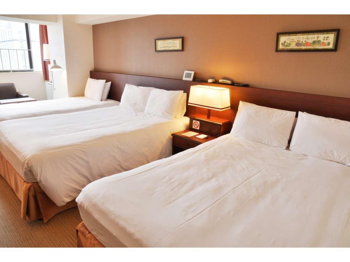 タイプF 31㎡ ベッド幅140+140+120cmで6名様までOK