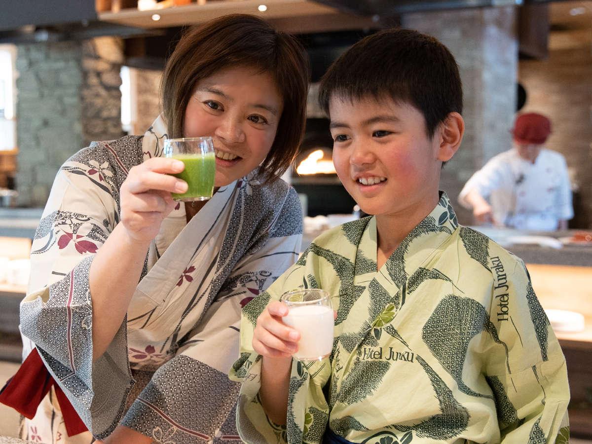 ママはスムージー♪僕は川場村の飲むヨーグルト♪ご朝食ブッフェ(バイキング)