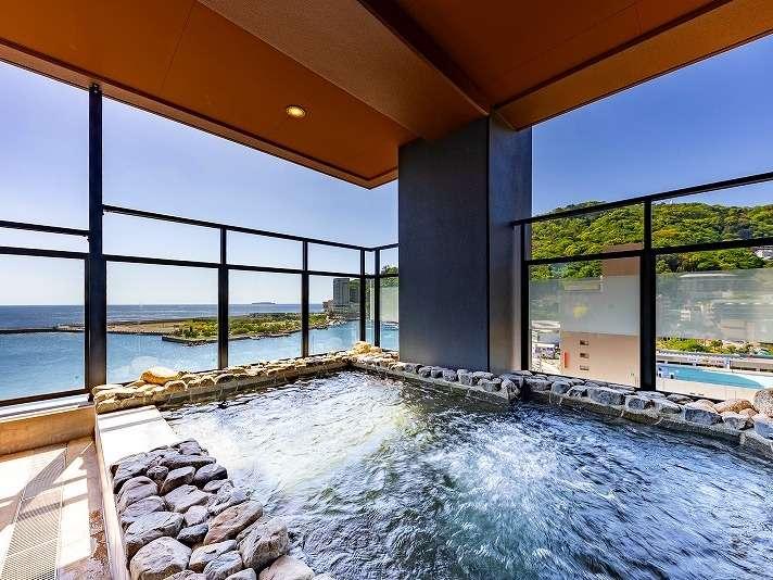【展望露天岩風呂】大パノラマが広がる絶景露天風呂
